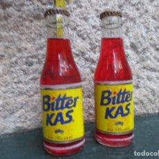 Coleccionismo Otros Botellas y Bebidas: LOTE DOS BOTELLINES BOTELLAS ' BITTER KAS ' HACIA 1975 - SIN ABRIR EXCELENTE ESTADO, ETIQUETA PAPEL. Lote 148170914