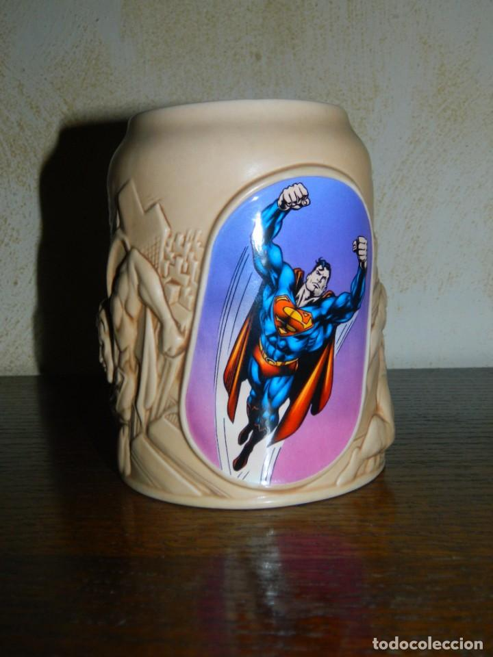 MOVIE WORLD TAZA SUPERMAN DC: COMICS (Coleccionismo - Otras Botellas y Bebidas )