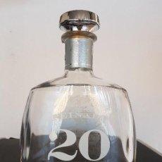 Coleccionismo Otros Botellas y Bebidas: BOTELLA VACIA DE PEINADO 20. Lote 103885635