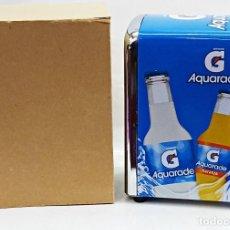 Coleccionismo Otros Botellas y Bebidas: SERVILLETERO DE BAR CON PUBLICIDAD DE AQUARADE Y LIPTON.. Lote 136886960