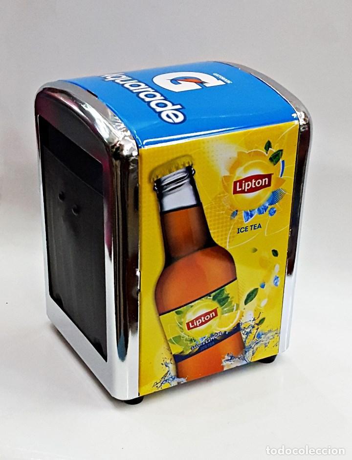 Coleccionismo Otros Botellas y Bebidas: Servilletero de bar con publicidad de Aquarade y Lipton. - Foto 3 - 136886960