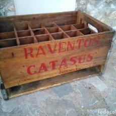 Coleccionismo Otros Botellas y Bebidas: CAJA DE RAVENTOS CATASUS PARA TRANSPORTAR BOTELLAS. Lote 109276723