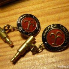 Coleccionismo Otros Botellas y Bebidas: RAROS GEMELOS PUBLICIDAD BODEGA JIMÉNEZ VARELA VINO LICORES PUERTO SANTA MARIA AÑOS 40 BOTELLA. Lote 111282459