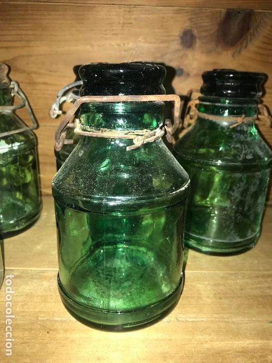 Coleccionismo Otros Botellas y Bebidas: Botellas cristal leche condensada - Foto 6 - 111998259