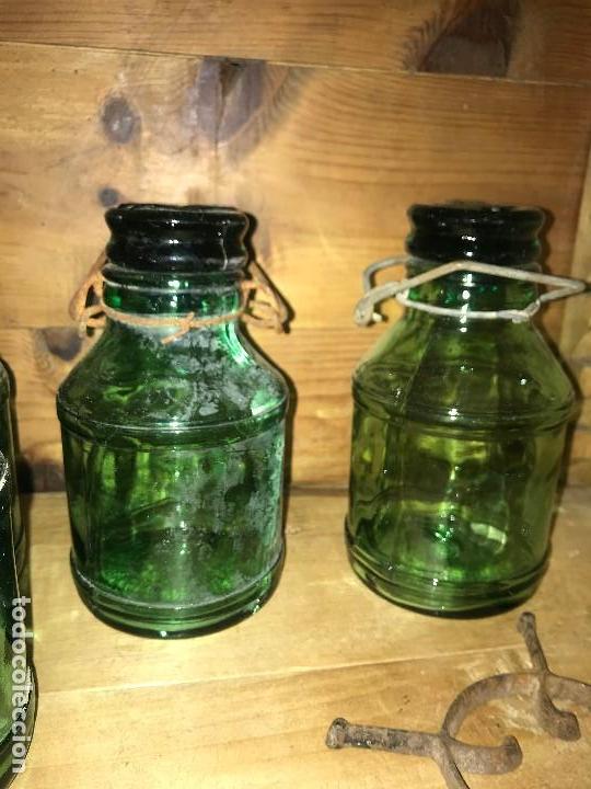 Coleccionismo Otros Botellas y Bebidas: Botellas cristal leche condensada - Foto 7 - 111998259