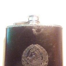 Coleccionismo Otros Botellas y Bebidas: PETACA BERYLLUS. Lote 115102847