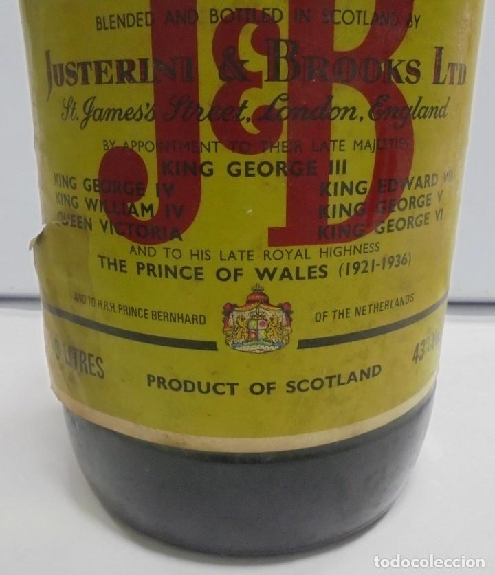 Coleccionismo Otros Botellas y Bebidas: Botella. Blended Scotch Whisky. J & B. 3 litros. Llena. Ver fotos - Foto 3 - 150970612