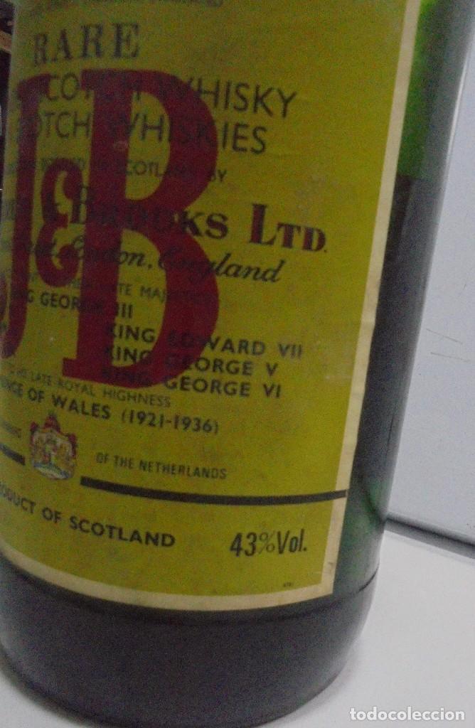 Coleccionismo Otros Botellas y Bebidas: Botella. Blended Scotch Whisky. J & B. 3 litros. Llena. Ver fotos - Foto 5 - 150970612
