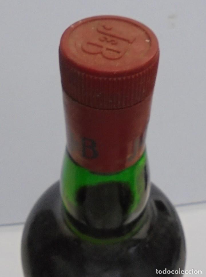 Coleccionismo Otros Botellas y Bebidas: Botella. Blended Scotch Whisky. J & B. 3 litros. Llena. Ver fotos - Foto 9 - 150970612