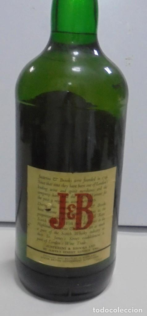 Coleccionismo Otros Botellas y Bebidas: Botella. Blended Scotch Whisky. J & B. 3 litros. Llena. Ver fotos - Foto 10 - 150970612