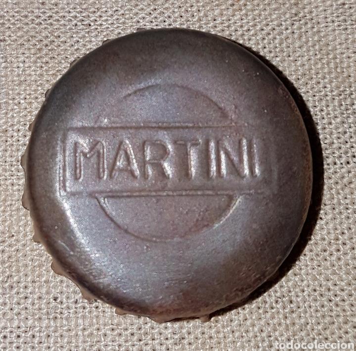 CHAPA CORONA CORCHO MARTINI RELIEVE (Coleccionismo - Otras Botellas y Bebidas )