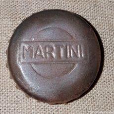 Coleccionismo Otros Botellas y Bebidas: CHAPA CORONA CORCHO MARTINI RELIEVE. Lote 124196666