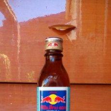 Coleccionismo Otros Botellas y Bebidas: BOTELLA RED BULL TAILANDIA-1. Lote 192165546