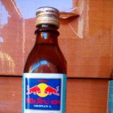 Coleccionismo Otros Botellas y Bebidas: BOTELLA RED BULL TAILANDIA-2. Lote 125134311