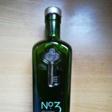 Coleccionismo Otros Botellas y Bebidas: N3 DRY GIN BERRY BROTHERS. Lote 125836818