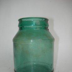 Coleccionismo Otros Botellas y Bebidas: TARRO CRISTAL LECHE CONDENSADA *EL CASTILLO* 11 CM. COLOR VERDE. Lote 126160719