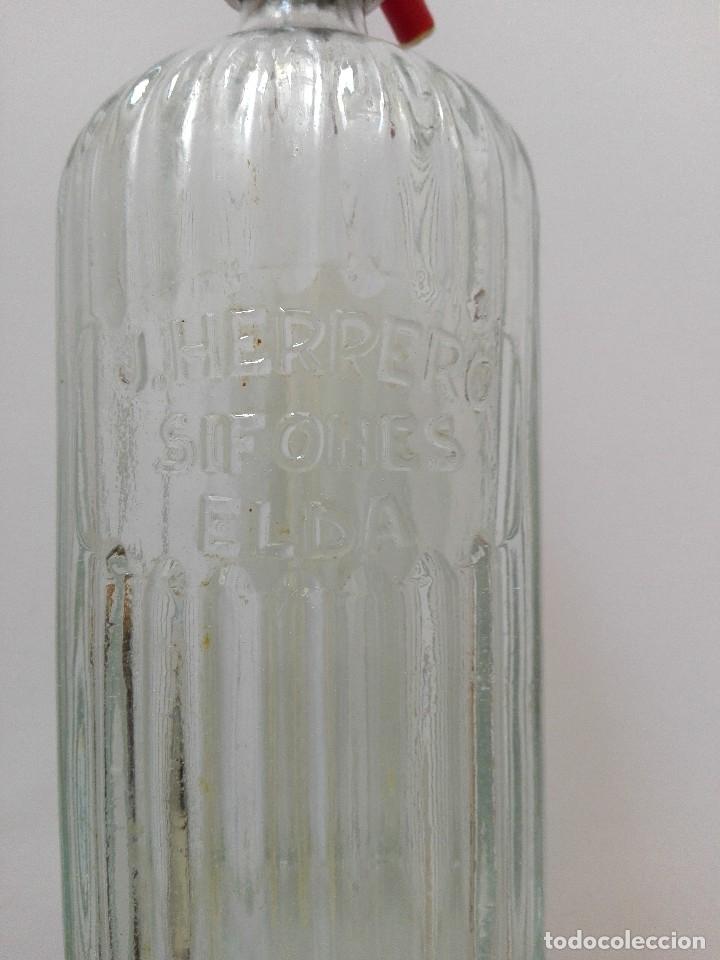 Coleccionismo Otros Botellas y Bebidas: SIFÓN ACANALADO J. HERRERO ELDA - Foto 4 - 127048458