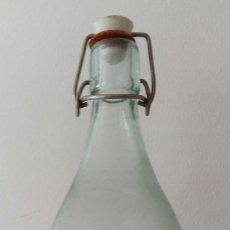 Coleccionismo Otros Botellas y Bebidas: ANTIGUA BOTELLA DE GASEOSA GRAN VIA MADRID. Lote 129550608