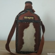 Coleccionismo Otros Botellas y Bebidas: PETACA BOTELLA ARTESANAL URUGUAY. Lote 130902013