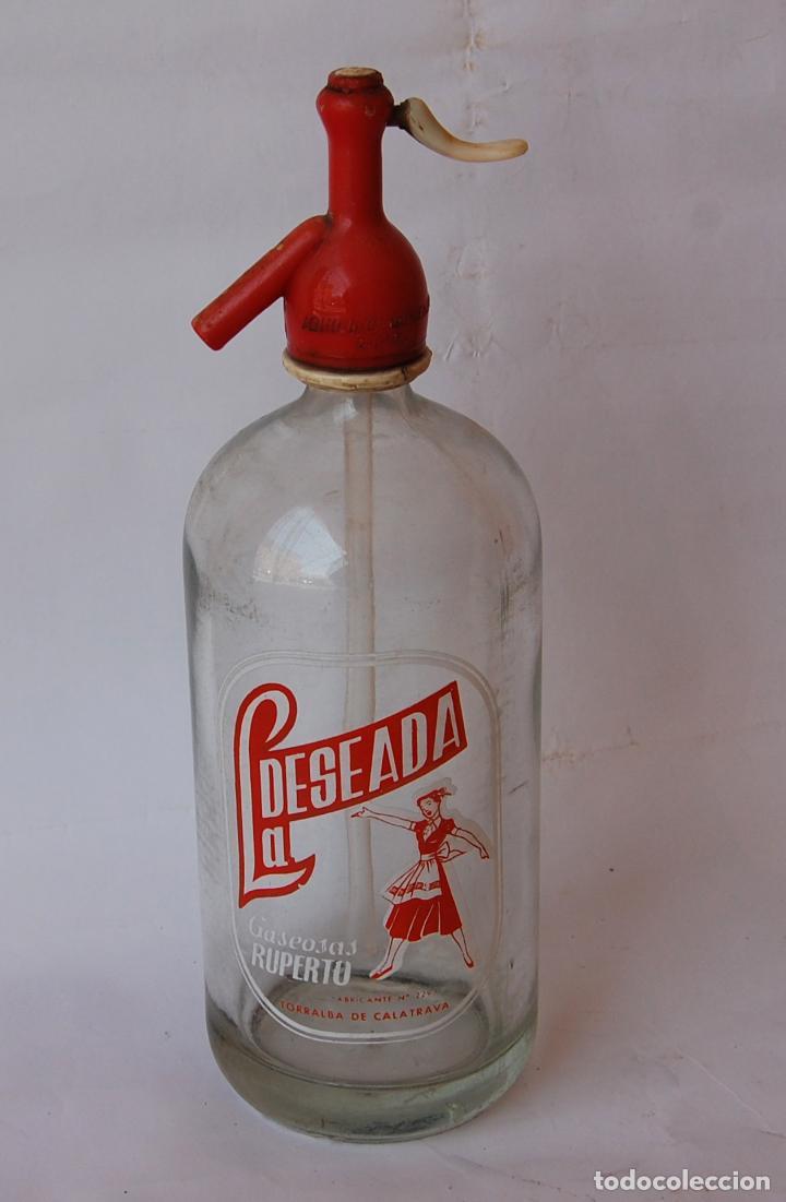 Coleccionismo Otros Botellas y Bebidas: SIFÓN LA DESEADA RUPERTO DE TORRALBA DE CALATRAVA CIUDAD REAL // MUY DIFÍCIL - Foto 2 - 131643606