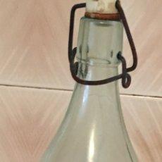 Coleccionismo Otros Botellas y Bebidas: BOTELLA DE GASEOSA GRAN VÍA MADRID. Lote 132842179