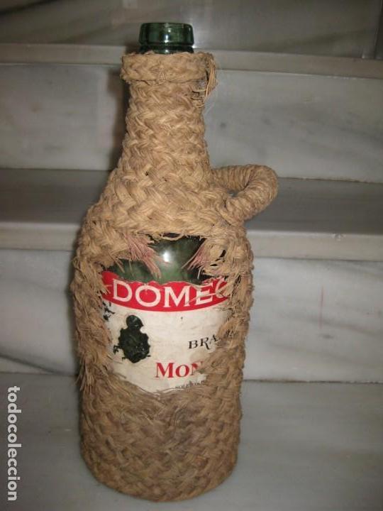Coleccionismo Otros Botellas y Bebidas: Botella forrada de esparto. Brandy Domecq. Moopolio. - Foto 7 - 133543286