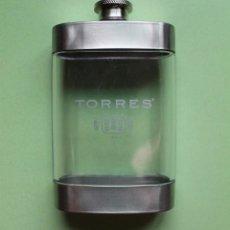 Coleccionismo Otros Botellas y Bebidas: PETACA BRANDY TORRES. Lote 134203194