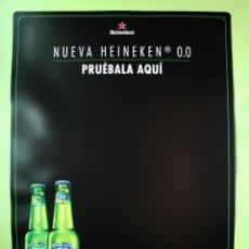 Coleccionismo Otros Botellas y Bebidas: CARTEL PLÁSTICO CERVEZA HEINEKEN. Lote 134203686