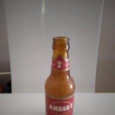 Coleccionismo Otros Botellas y Bebidas: BOTELLA CERVEZA AMBAR 2 ETIQUETA. Lote 136371696