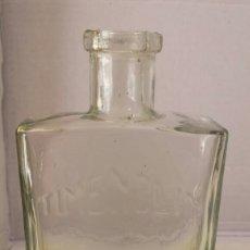 Coleccionismo Otros Botellas y Bebidas: ANTIGUA BOTELLITA. Lote 137123317