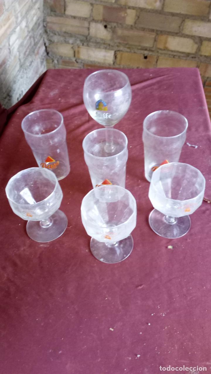 7 ANTIGUAS COPAS Y VASOS CON PUBLICIDAD DE BEBIDAS (Coleccionismo - Otras Botellas y Bebidas )