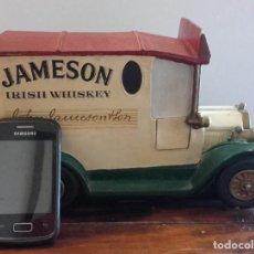 Coleccionismo Otros Botellas y Bebidas: FURGONETA JAMESON EN CERÁMICA. 27 X 17 X 15 CM, MÁS DE 2,8 KG DE PESO. Lote 138155762