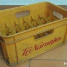 Coleccionismo Otros Botellas y Bebidas: CAJA PLÁSTICO TRI NARANJUS. Lote 138800366
