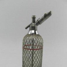 Coleccionismo Otros Botellas y Bebidas: ANTIGUO SIFÓN MALLA METÁLICA AÑOS 60 RUSIA USSR VINTAGE EXCELENTE PIEZA DE DECORACIÓN. Lote 140493358