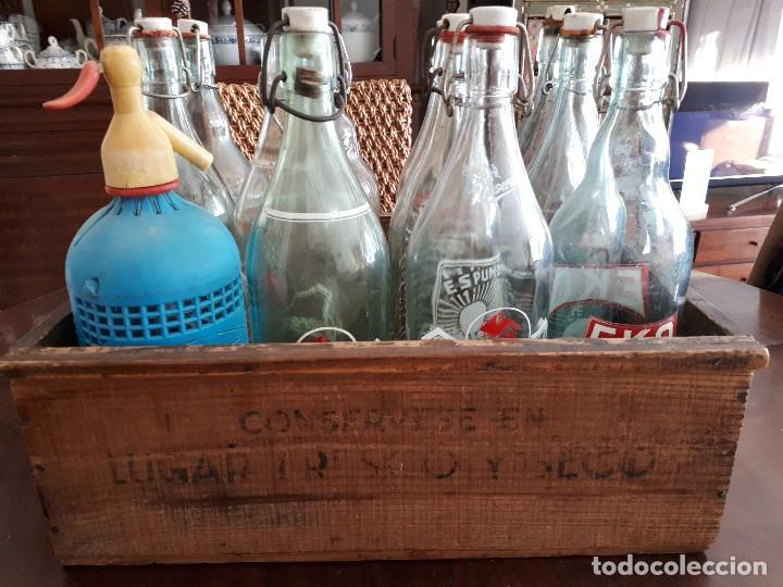 Coleccionismo Otros Botellas y Bebidas: Colección 11 Botellas Gaseosa y 1 Sifón. Revoltosa, El Cid, Escutia, Montesol. Monteagudo. - Foto 12 - 141561338