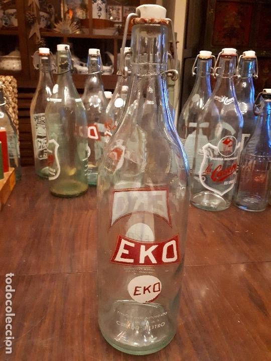 Coleccionismo Otros Botellas y Bebidas: Colección 11 Botellas Gaseosa y 1 Sifón. Revoltosa, El Cid, Escutia, Montesol. Monteagudo. - Foto 15 - 141561338