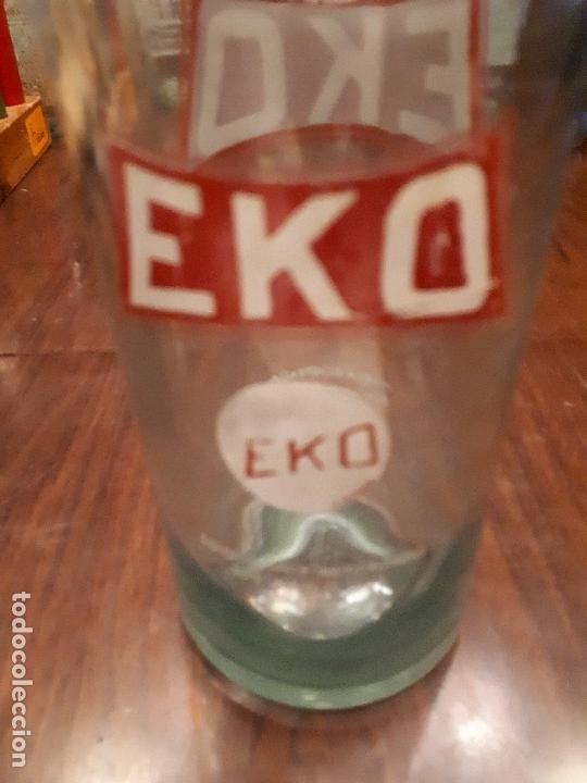 Coleccionismo Otros Botellas y Bebidas: Colección 11 Botellas Gaseosa y 1 Sifón. Revoltosa, El Cid, Escutia, Montesol. Monteagudo. - Foto 23 - 141561338