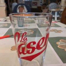 Coleccionismo Otros Botellas y Bebidas: VASO LA CASERA GIGANTE 15 CMS ALTO. Lote 142312760