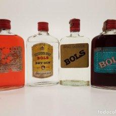 Coleccionismo Otros Botellas y Bebidas: LOTE 4 PETACAS LICORES, BRANDY Y GINEBRA BOLS. Lote 142691622