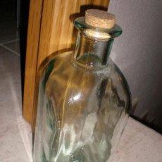 Coleccionismo Otros Botellas y Bebidas: ANTIGUA BOTELLA CON GRIFO,23 X 9 CMS. Lote 144489406