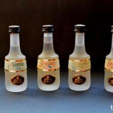 Coleccionismo Otros Botellas y Bebidas: BOTELLINES MINIATURA DE MARIE BRIZARD DE MANZANA, MELON, PEACH Y CANELA, CON SELLO. Lote 146059886