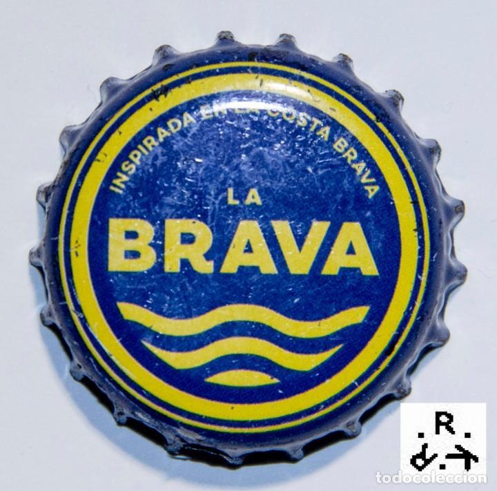 TAPÓN CORONA - CHAPA - ESPAÑA - CERVEZA - LA BRAVA (Coleccionismo - Otras Botellas y Bebidas )