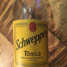 Coleccionismo Otros Botellas y Bebidas: BOTELLA ANTIGUA DE TÓNICA SCHWEPPES. Lote 147406754