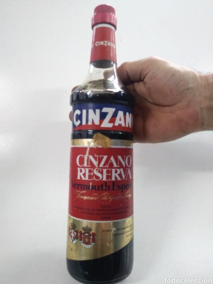 ANTIGUA BOTELLA CINZANO. CINZANO RESERVA. VERMOUTH ESPECIAL. (Coleccionismo - Otras Botellas y Bebidas )