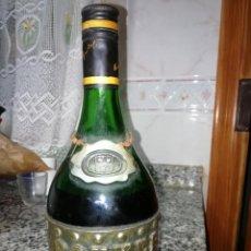 Coleccionismo Otros Botellas y Bebidas: ROUYER GUILLET Y CIA 1968 COGNAC . Lote 148588982