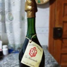 Coleccionismo Otros Botellas y Bebidas: VINO DE LICOR LICOROSO DE CAVA XARMADA BOTELLA NUMERERADA. Lote 149243450
