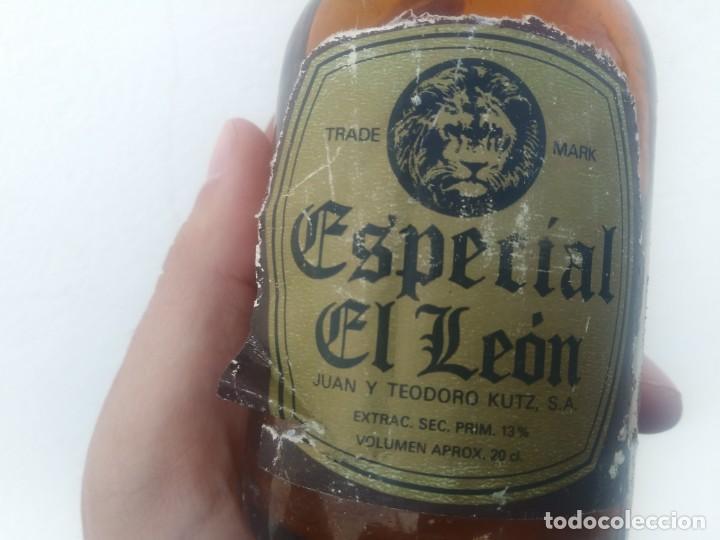 ANTIGUA BOTELLA DE CERVEZA EL LEON JUAN Y TEODORO KUTZ GUIPUZCOA (Coleccionismo - Otras Botellas y Bebidas )