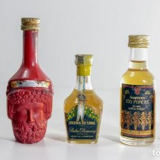 Coleccionismo Otros Botellas y Bebidas: LOTE COMPUESTO POR CINCO MINI BOTELLAS ANTIGUAS DE LICOR. Lote 153872506