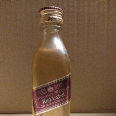 Coleccionismo Otros Botellas y Bebidas: BOTELLA MINIATURA JOHNNIE WALKER RED LABEL. Lote 154518844