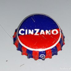 Coleccionismo Otros Botellas y Bebidas: ANTIGUA CHAPA CORONA REFRESCO CINZANO - REVERSO LOGO DE CINZANO LEON - AÑOS 80. Lote 155622738